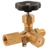 Pressure gauge valve without test port that can be closed separately